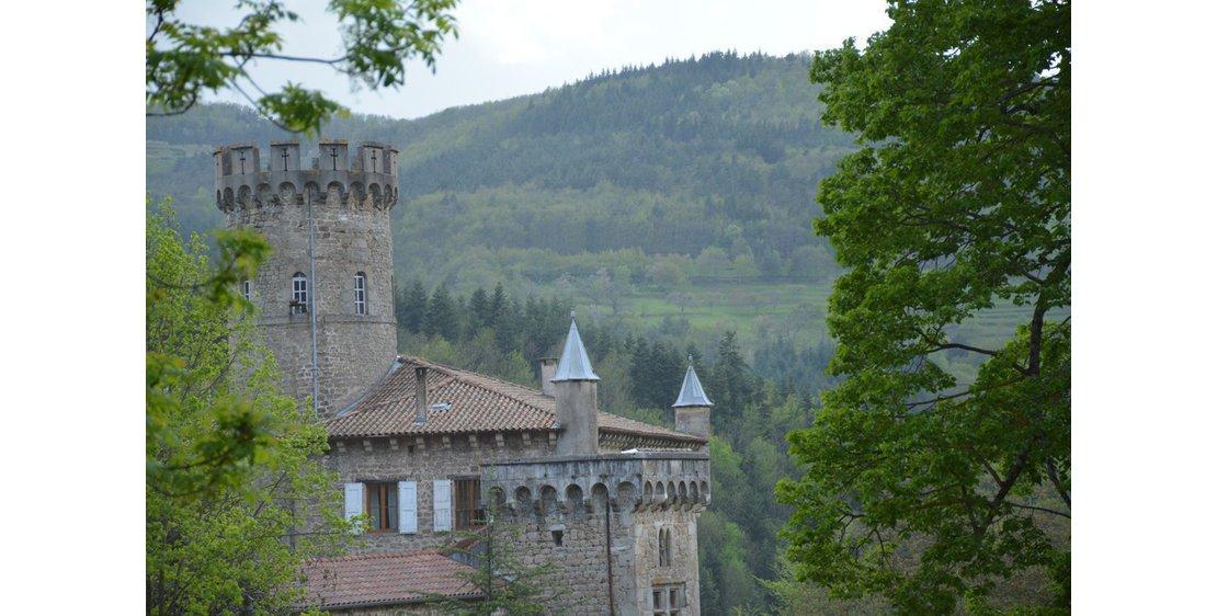 "Photo Hike ""The castle tour"""